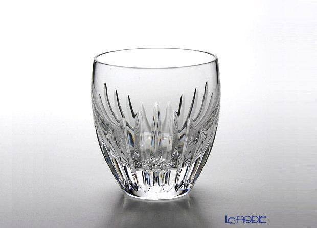 ウィスキー好きな彼氏に、バカラのグラスを贈りたいけどどれがいいの?